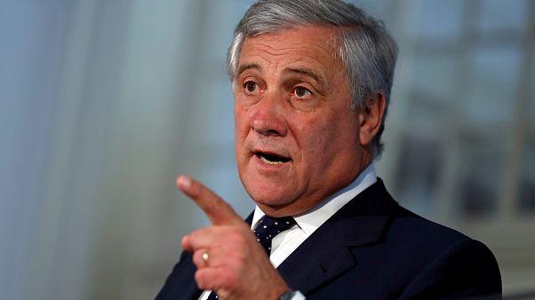 Tajani kiállt Sargentini és Ujhelyi mellett