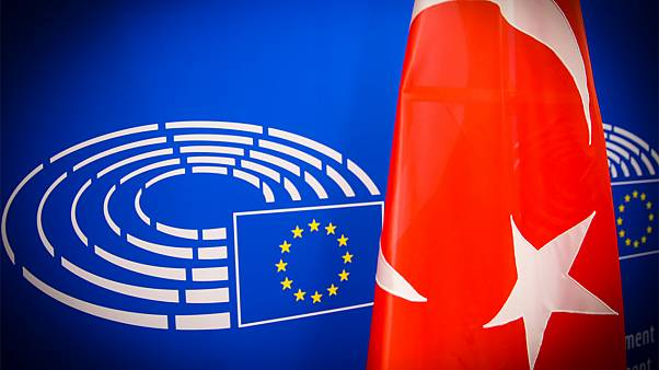 Μπλοκάρει τα €70 εκ. για την Τουρκία το Ευρωκοινοβούλιο