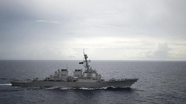 Marinha dos EUA acusa navio chinês de manobra agressiva