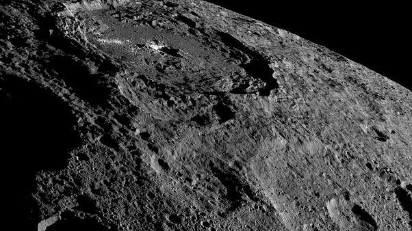Un módulo de aterrizaje hecho en Europa llega al asteroide Ryugu