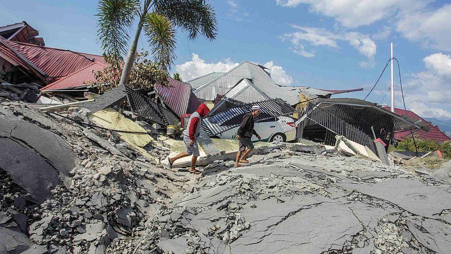 """Catástrofe en Indonesia: """"Todo lo que había en las tiendas ha sido saqueado"""""""