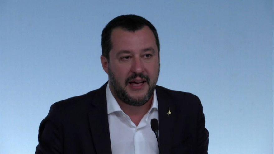 Italian Deputy Prime Minister threatens to sue Jean-Claude Juncker