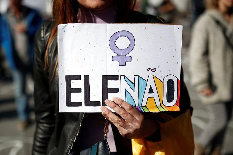 Bolsonaro llegó a 39 puntos y amplía la diferencia con Haddad