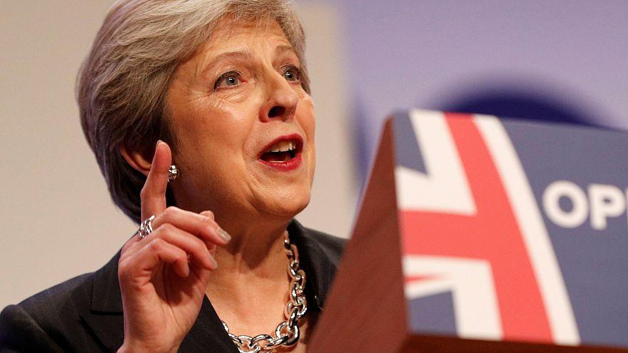 Theresa May reméli, elég támogatót gyűjtött