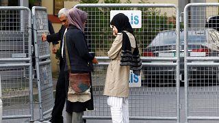 مسؤول سعودي يؤكد مغادرة جمال خاشقجي القنصلية السعودية وخطيبته خديجة تنفي ذلك