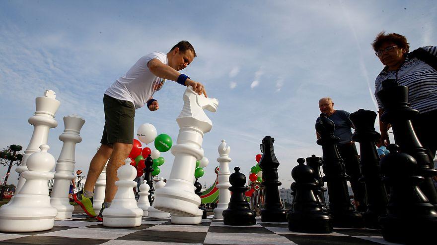 Eski Rus başbakan yardımcısı Dvorkoviç Dünya Satranç Federasyonu'nun yeni başkanı
