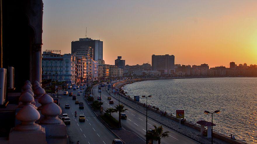 افتتاح مهرجان الاسكندرية السينمائي بتكريم نجوم عرب وأجانب وفاروق الفيشاوي يعلن إصابته بالسرطان