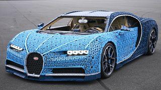 Paris Otomobil Fuarı'da LEGO'dan Bugatti Chiron