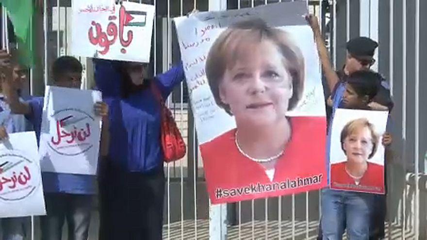 Merkeltől kér védelmet Izrael ellen egy beduin falu