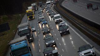 """1.2 مليار يورو ستجنيها الخزينة الفرنسية """"بفضل"""" المخالفات على السرعة في القيادة"""