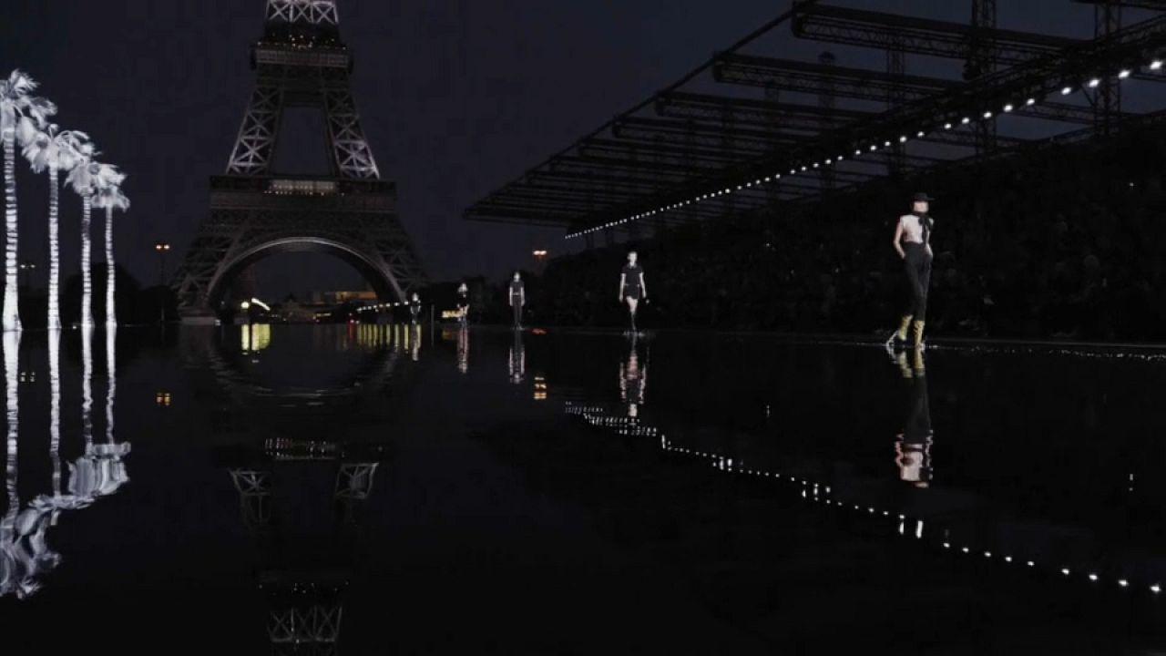 Saint Laurent és Vuitton is bemutatta új nyári darabjait