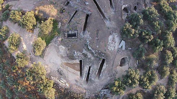 Ανακαλύφθηκε ασύλητος θαλαμοειδής τάφος σε μυκηναϊκό νεκροταφείο