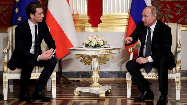 Putin riceve Kurz: in menù gas ed Europa
