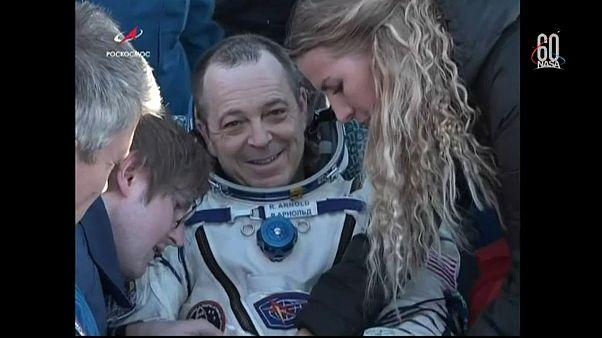 Trois astronautes de l'ISS de retour sur Terre