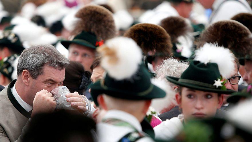 ARD-Umfrage vor der Bayernwahl: CSU 33% und Grüne 18%