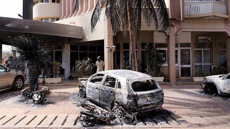 الجيش الفرنسي ينفذ ضربات جوية في بوركينا فاسو بعد هجوم إسلاميين