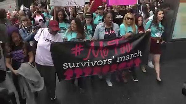 """کمپین """"MeToo"""" یکساله شد؛ هفتاد درصد زنان قربانی خشونتهای جنسی شدهاند"""