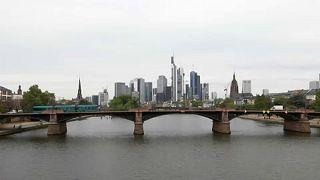 Frankfurt és Párizs a Brexit fő nyertesei