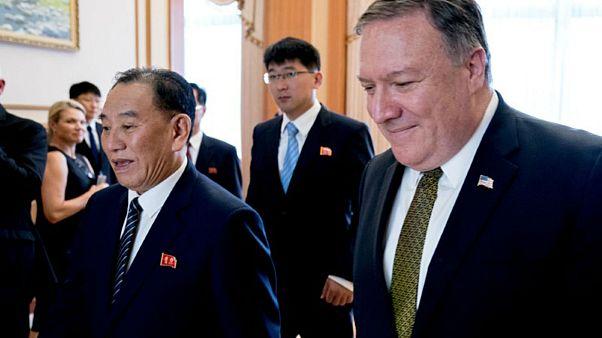 بومبيو يصل طوكيو ويؤكد: توتر العلاقات مع الصين لن يضر بالمباحثات مع بيونغيانغ