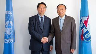 أين اختفى رئيس الشرطة الدولية الإنتربول مينغ هونغ وي؟