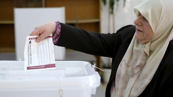 Bosna Hersek kritik seçim için sandık başında