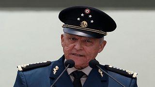 وزير الدفاع المكسيكي: تقنين الأفيون سيخفف عنف عصابات المخدرات