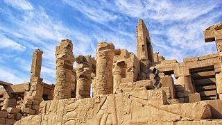 """المصريون غاضبون بسبب """"حفل زفاف"""" في معبد الكرنك"""