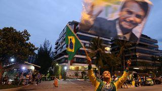 Bolsonaro sobe nas sondagens