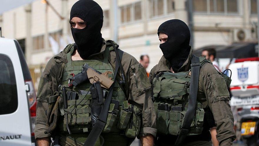 Palästinenser erschießt zwei Israelis in Fabrik