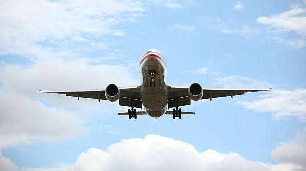 هواپیمایی که به خاطر دعوا در کابین با اف ۱۶ اسکورت شد
