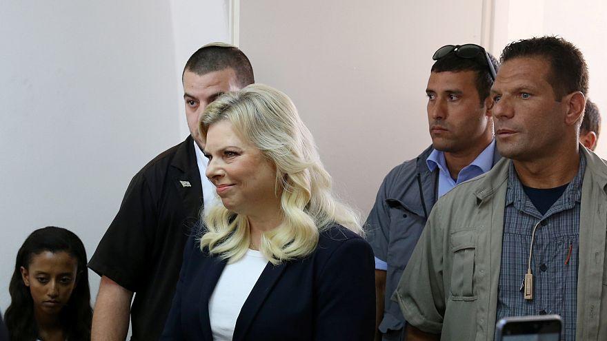 Benjamin Netanyahu'nun eşi 'dolandırıcılık' iddiasıyla hakim karşısında