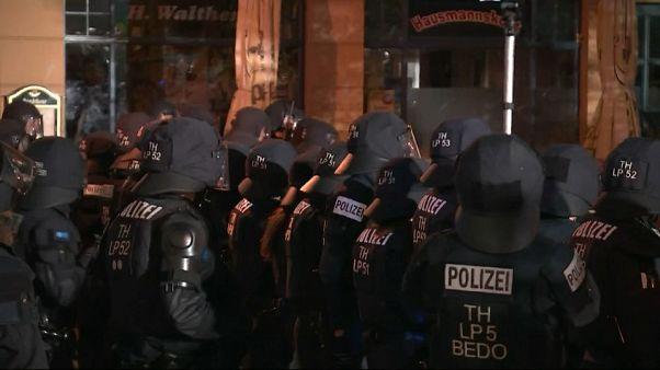 Ocho policías heridos por la violencia desatada en un concierto ultraderechista en Alemania