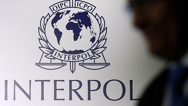 Kayıplara karışan başkanını bulamayan Interpol gerçek bir polis gücü mü?