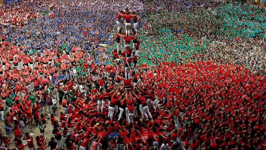 """Los """"Castellers de Barcelona"""" forman un castell en el Concurso de Tarragona"""