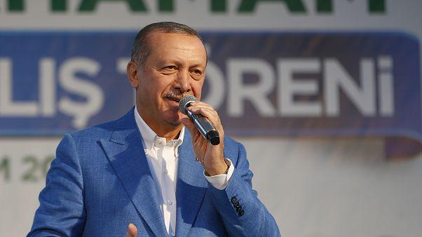 Erdoğan: Teröre bulaşanlar sandıktan çıkarsa kayyum atarız