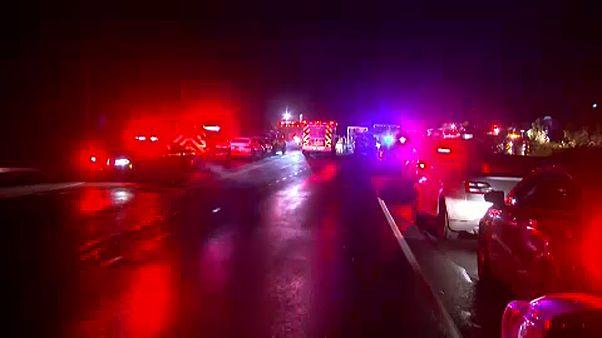 Húszan haltak meg egy limuzin-balesetben