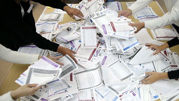 Bosna Hersek seçimlerinde Dzaferovic, Komsic ve Dodik önde
