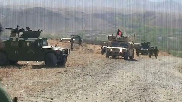 Afganistan'da kanlı gece: 22 güvenlik gücü öldürüldü