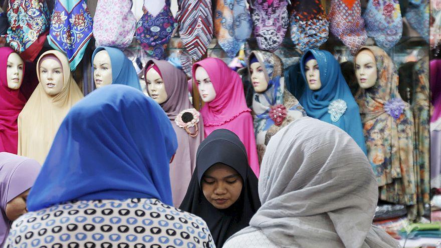 Kadın vaize: Başörtüsüne cinsellik yüklendi, Allah için giyinmiyorlar