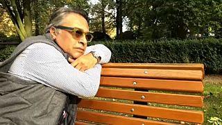 Estilista Barbaros Sansal exila-se em Bruxelas
