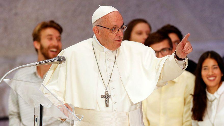 Papa Francis: Şeytan fazla mesai yapıyor