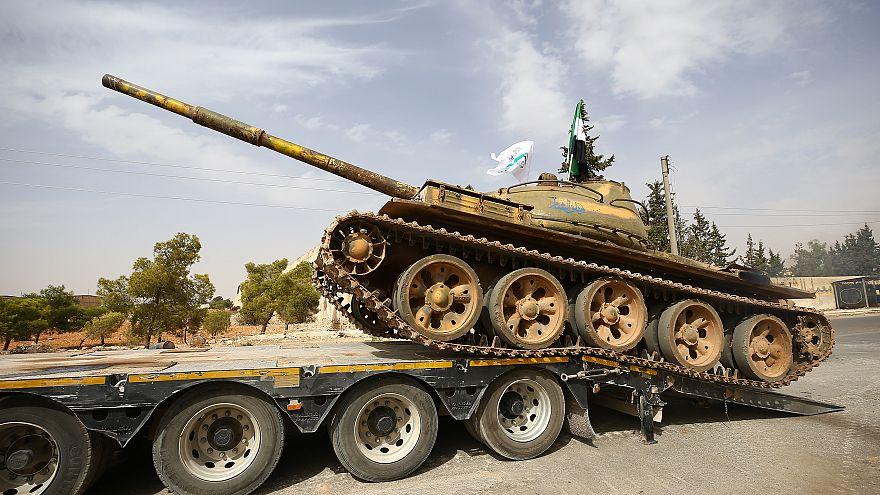 İdlib'de ağır silahların cephe hattından çekme işlemi tamamladı