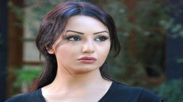 الموت يغيّب الفنانة السورية دينا هارون