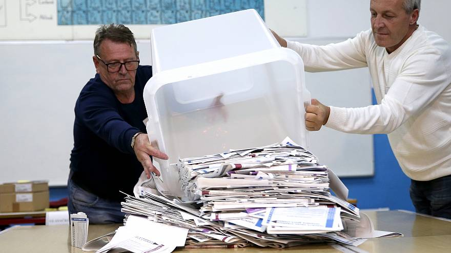 Bosna Hersek'te seçim: Milliyetçi partiler önde