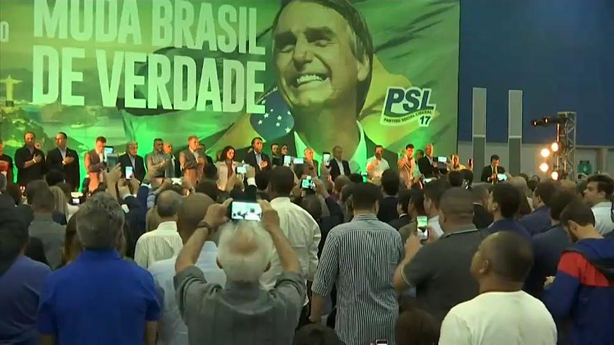 Bolsonaro ganha, mas Brasil vai à segunda volta