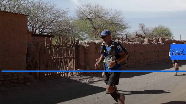 Athletes brave extreme temperatures in Atacama desert ultramarathon