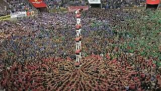 Catalans step up for human tower competition