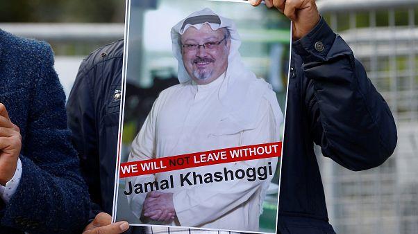 """Erdogan a Riad: """"Se Khashoggi è vivo, mostrate i video"""""""