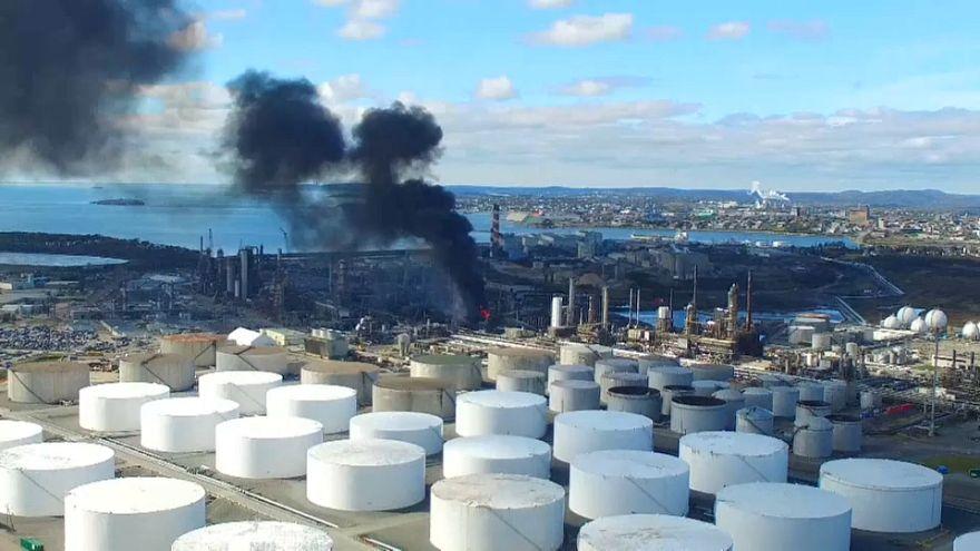 Explosion et incendie dans une raffinerie au Canada