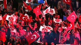 Avusturya'dan sonra Almanya da bozkurt işaretini yasaklamayı tartışıyor